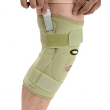MAXAR Style NKN-139 Airprene Pull – On Knee Brace (Double – Pivot Hinge)